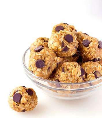 No-Bake-4-Ingredient-Energy-Bites-2